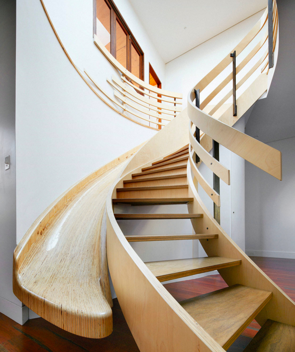 Ways To Protect Stairs During Your Move !